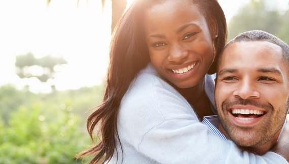 5 Kebiasaan Yang Membuat Jerawat Muncul Banyak Di Wajah