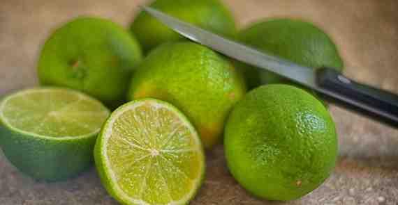Air Perasan Jeruk Lemon