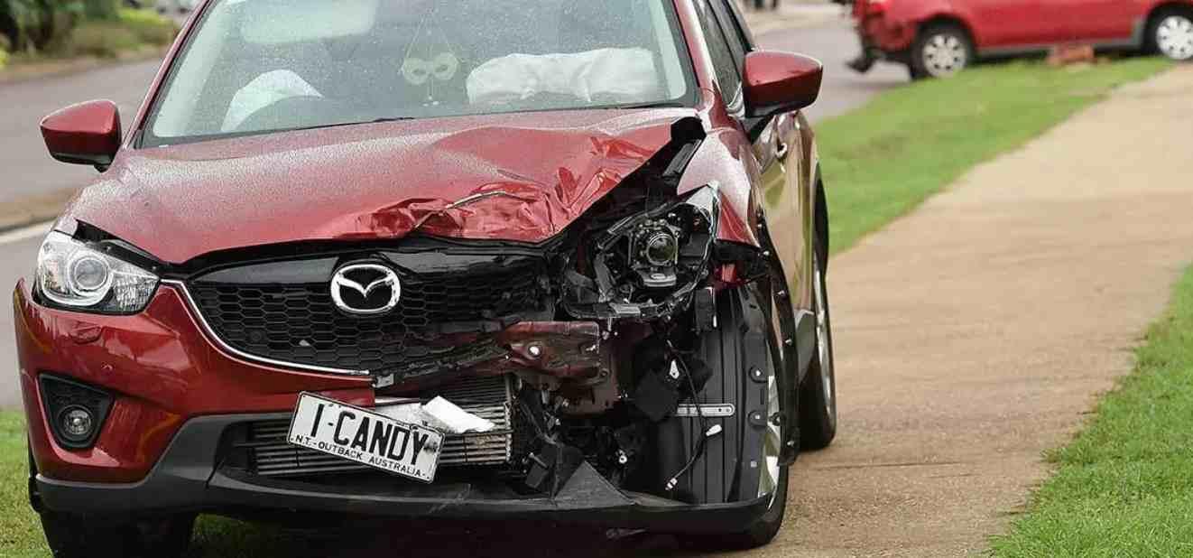 ♟ Teranyar Arti mimpi kecelakaan mobil terbalik