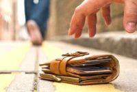 Arti Mimpi Menemukan Dompet