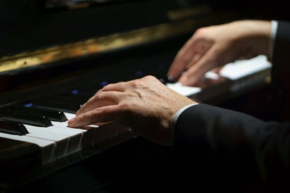 Mampu Belajar Piano Hanya Dengan Membayangkannya