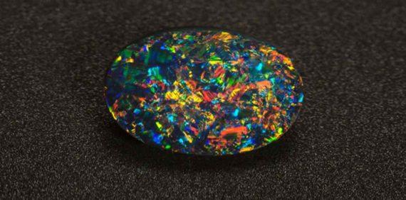 Batu Black Opal Termahal di Dunia