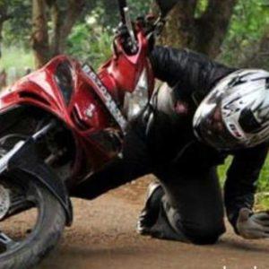 Mimpi Jatuh Dari Sepeda Motor