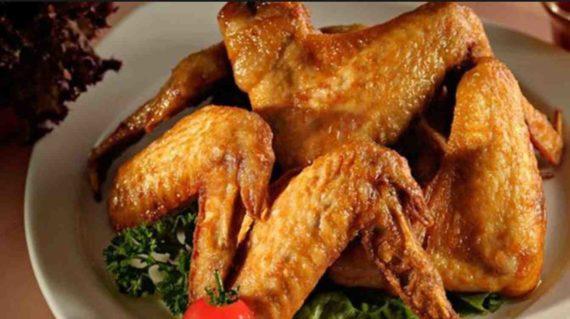Pantangan Memakan Sayap Ayam
