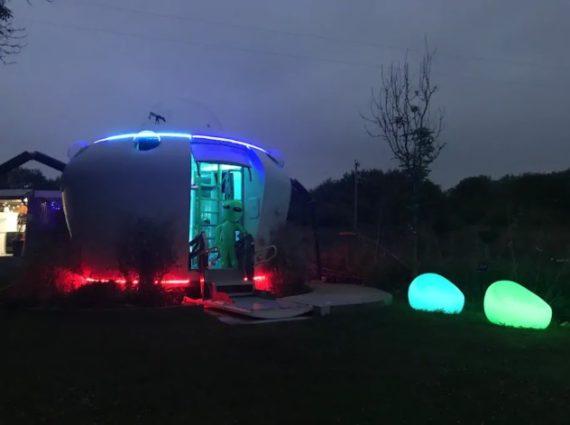 Penginapan Dengan Konsep Alien