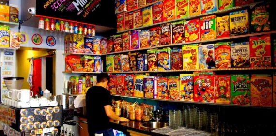 Cereal Killer Kafe, Inggris