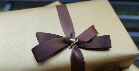 Rekomendasi Hadiah untuk Pasangan Berdasarkan Zodiak