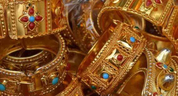 Arti Mimpi Membeli Gelang, Kalung, Anting, Dan Cincin Emas