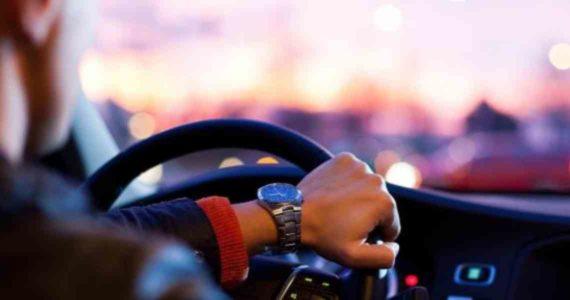 Arti Mimpi Mengendarai Mobil