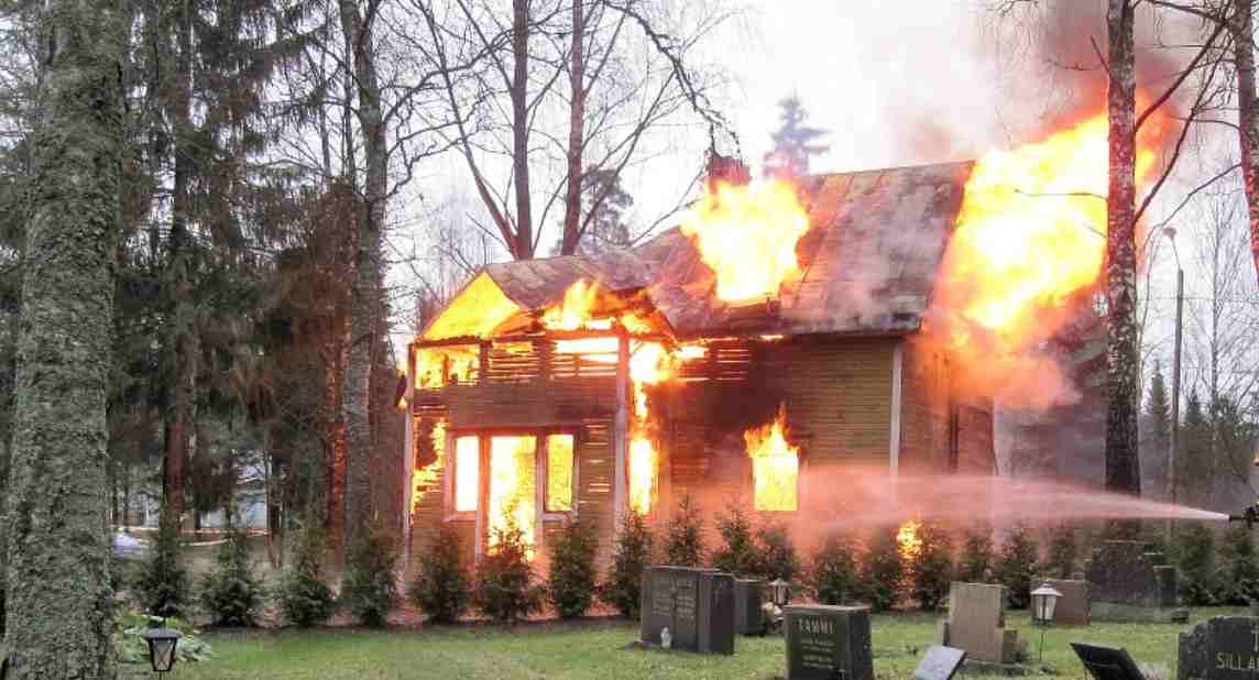 Tafsir mimpi melihat rumah kebakaran dalam togel